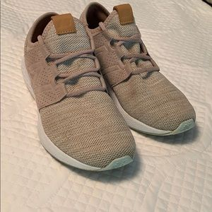New Balance rose pink sneakers, size 9